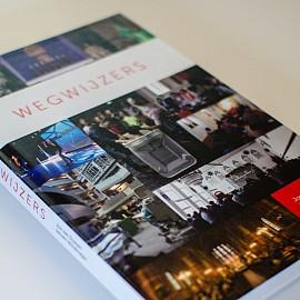 Veelgeprezen 'Wegwijzers' uit het Leidsch Dagblad nu als boek